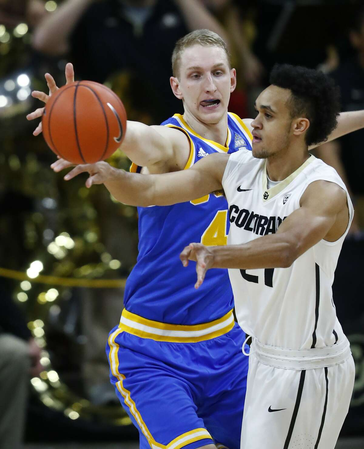 Stats Led Colorado University at 18.1 points, 4.4 assists and 1.2 steals per game while shooting 51 percent from the field and 81 percent from the free throw line in 2016-17 season according to his cubuffs.com bio.