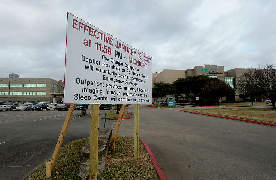 A large sign at the entry to Baptist Hospital's Orange campus announces the closing of emergency services effective midnight, Thursday, Jan. 12. Photo taken Tuesday, January 10, 2017 Kim Brent/The Enterprise Photo: Kim Brent, Kim Brent/The Enterprise / Beaumont Enterprise