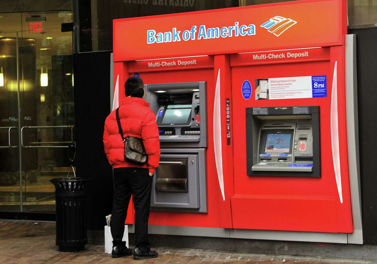 Bank of America's fourth-quarter profit jumped 47 percent from a year ago as the nation's largest consumer bank benefited from higher interest rates and lower expenses.