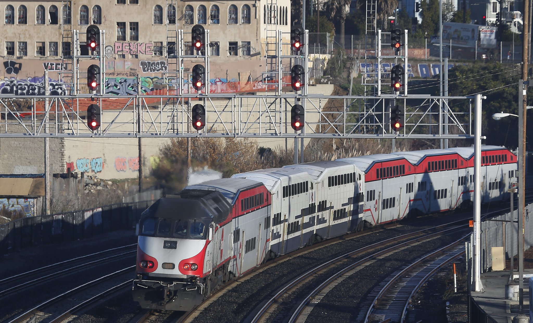 Polls show support for Caltrain sales tax in 2020, but is ...