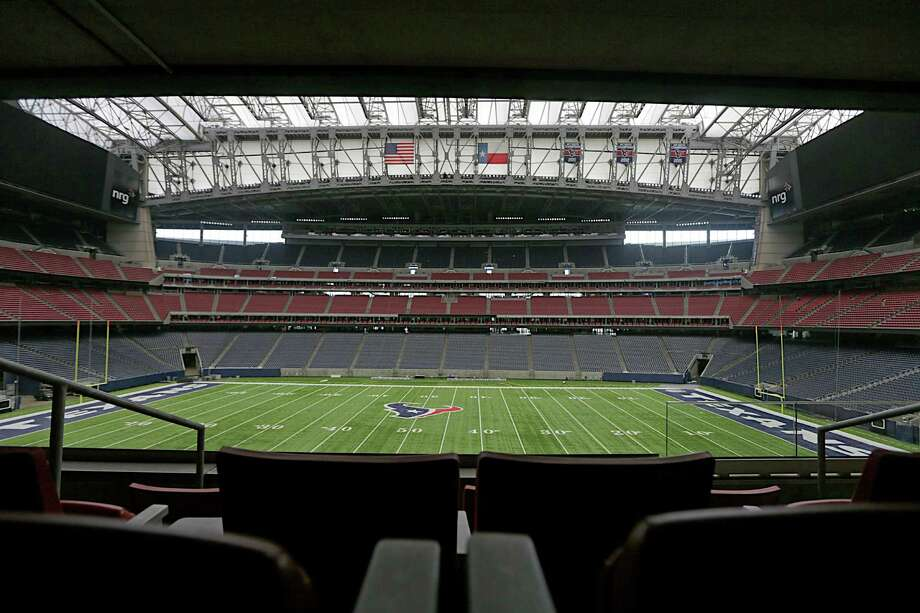 A view of the field from a suite at NRG Stadium Jan. 9, 2017, in Houston. ( James Nielsen / Houston Chronicle ) Photo: James Nielsen, Staff / © 2017  Houston Chronicle