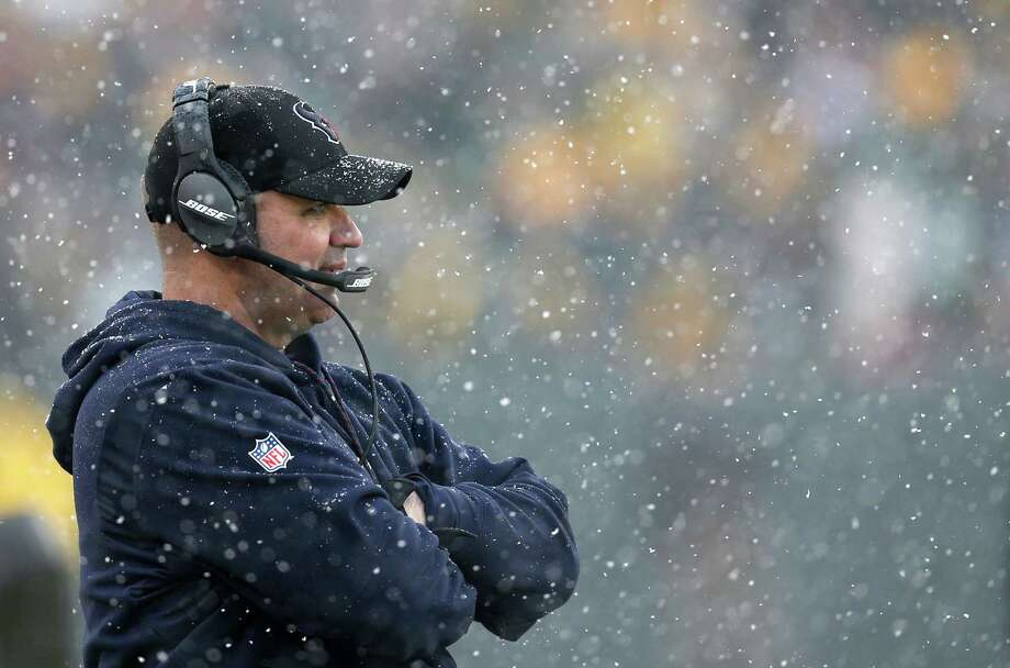 Houston Texans head coach Bill O'Brien stands on the sidelines during the fourth quarter of an NFL football game against the Green Bay Packers at Lambeau Field on Sunday, Dec. 4, 2016, in Green Bay. ( Brett Coomer / Houston Chronicle ) Photo: Brett Coomer, Staff / © 2016 Houston Chronicle