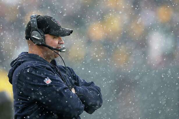 Houston Texans head coach Bill O'Brien stands on the sidelines during the fourth quarter of an NFL football game against the Green Bay Packers at Lambeau Field on Sunday, Dec. 4, 2016, in Green Bay. ( Brett Coomer / Houston Chronicle )