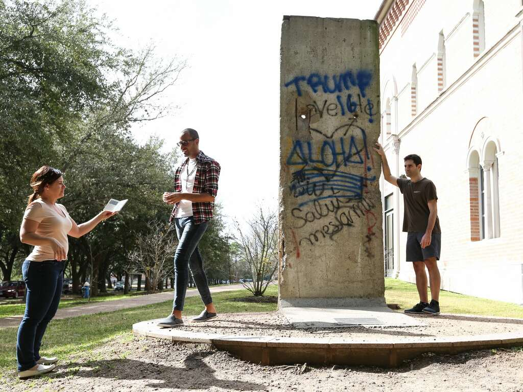 Rice University Mural Monument Vandalized With ProDonald Trump - Cartoon mural man obsessing facebook likes says lot society
