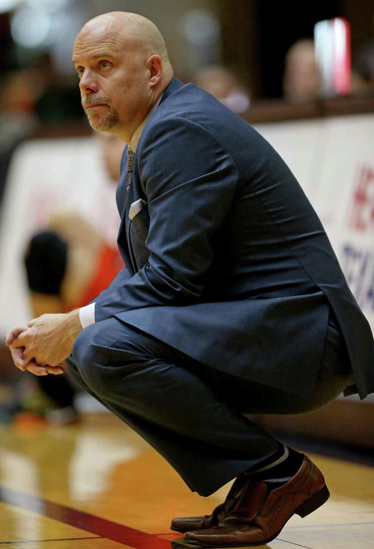 UTSA coach Steve Henson watches second half action against UTEP on Jan. 1, 2017 at the Convocation Center.