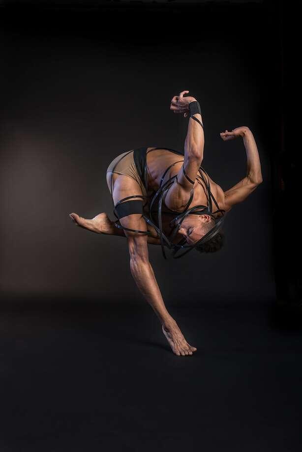"""Isaiah Bindel of DawsondanceSF, which premieres """"Les Vérités."""" Photo: Devi Pride Photography"""