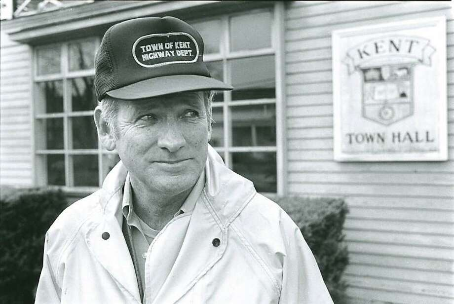 Robert A. Ward, a former Kent first selectman, was accused by private-school officials of sexually assaulting students while teaching at the Loomis Chaffee school in the early 1960s. Photo: Contributed Photo / Lionel Delevingne