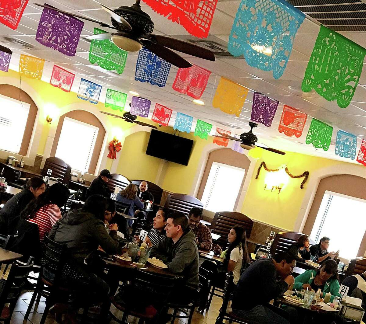 Investigators for the Labor Department's Wage and Hour Division found Taqueria Chapala Jalisco paid employees flat amounts each day without regard to the number of hours they worked.