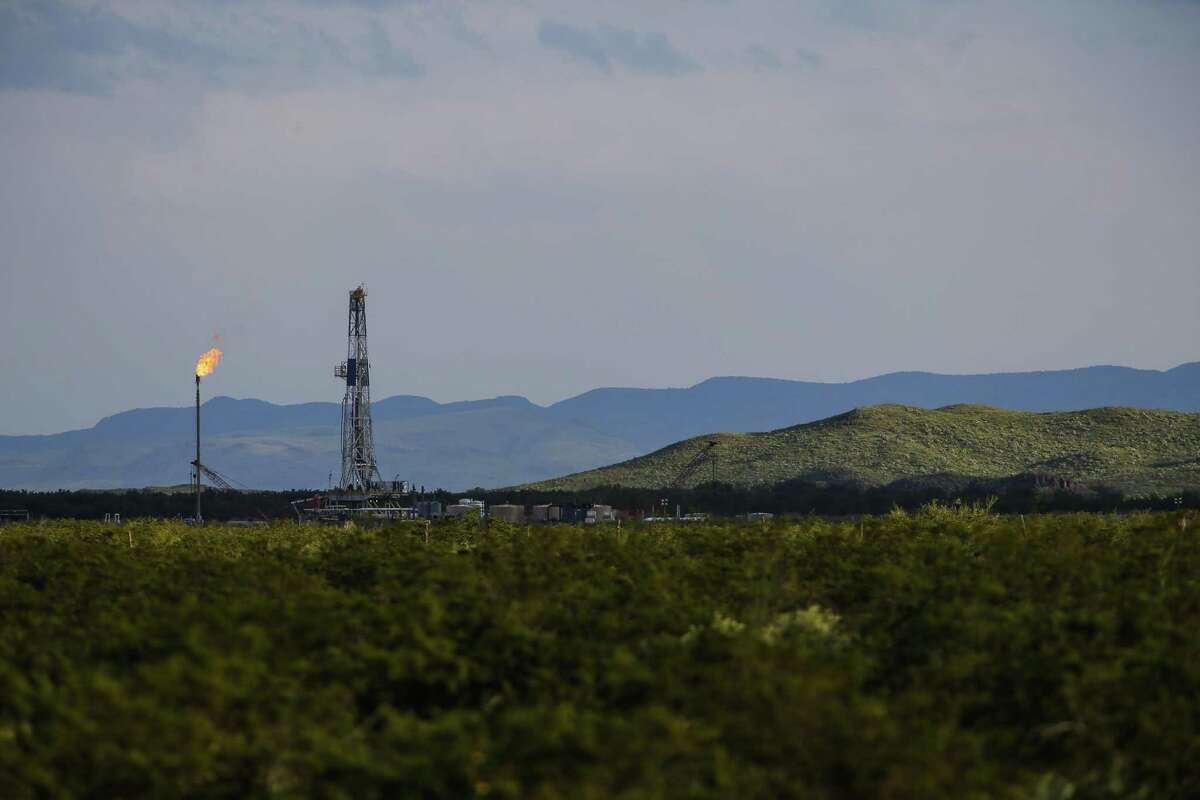 An Apache Corp. flare and drilling rig sit north of the Davis Mountains in Balmorhea, where the firm made a major oil find.A drilling rig sits north of the Davis Mountains in Balmorhea. Houston-based Apache Corp. recently announced the discovery of an estimated 15 billion barrels of oil and gas in the area and plans to drill on the 350,000 acres surrounding the town. If the field lives up to its billing, it could catapult Apache back to the top echelon of American independent oil producers.