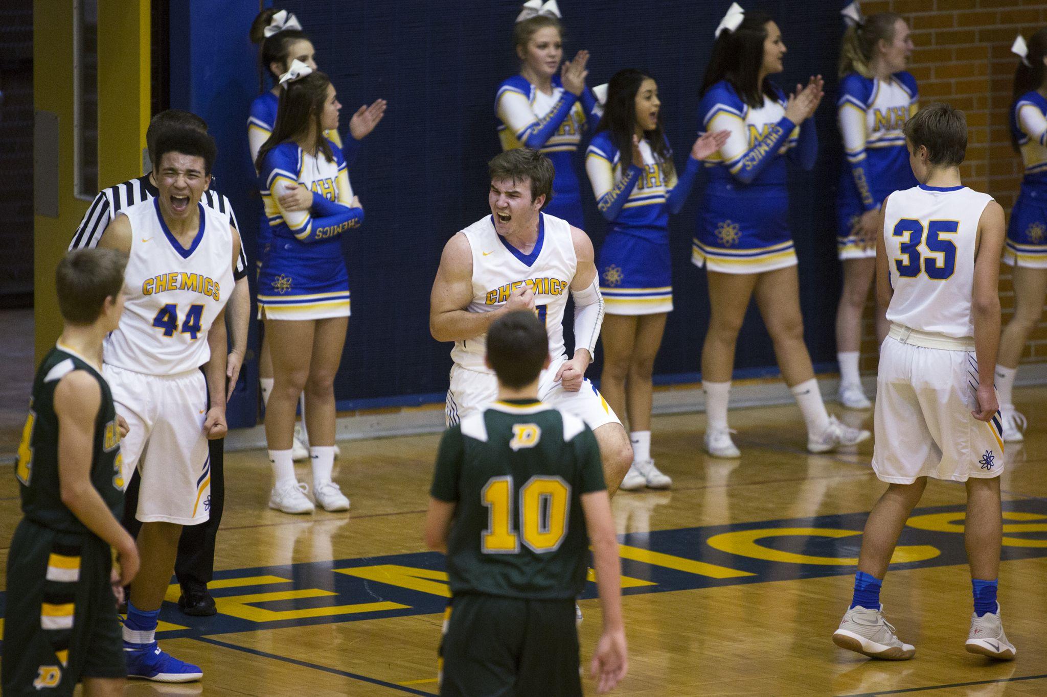 Midland High boys bring high energy in 59-40 basketball ...