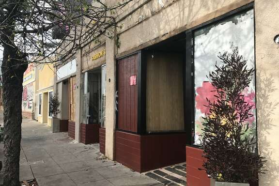 Vacant storefront on 6600 block of Bancroft Avenue in Oakland where Alameda County Sheriff's deputies found 28 people living illegally.