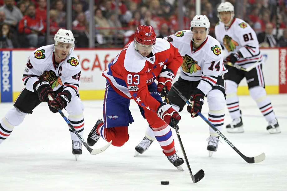 Washington's Jay Beagle (83) was no match for the Chicago defense Friday, scoring twice in the Capitals' 6-0 victory at home. Washington has won eight in a row. Photo: Patrick Smith, Staff / 2017 Getty Images