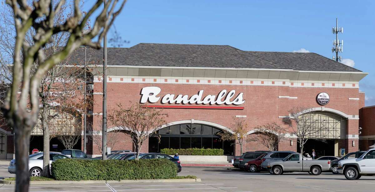 Photo of the Randalls at 1525 S. Mason Road, Katy Texas prior to it's closing shot on Friday, January 13, 2017 in Katy Texas.