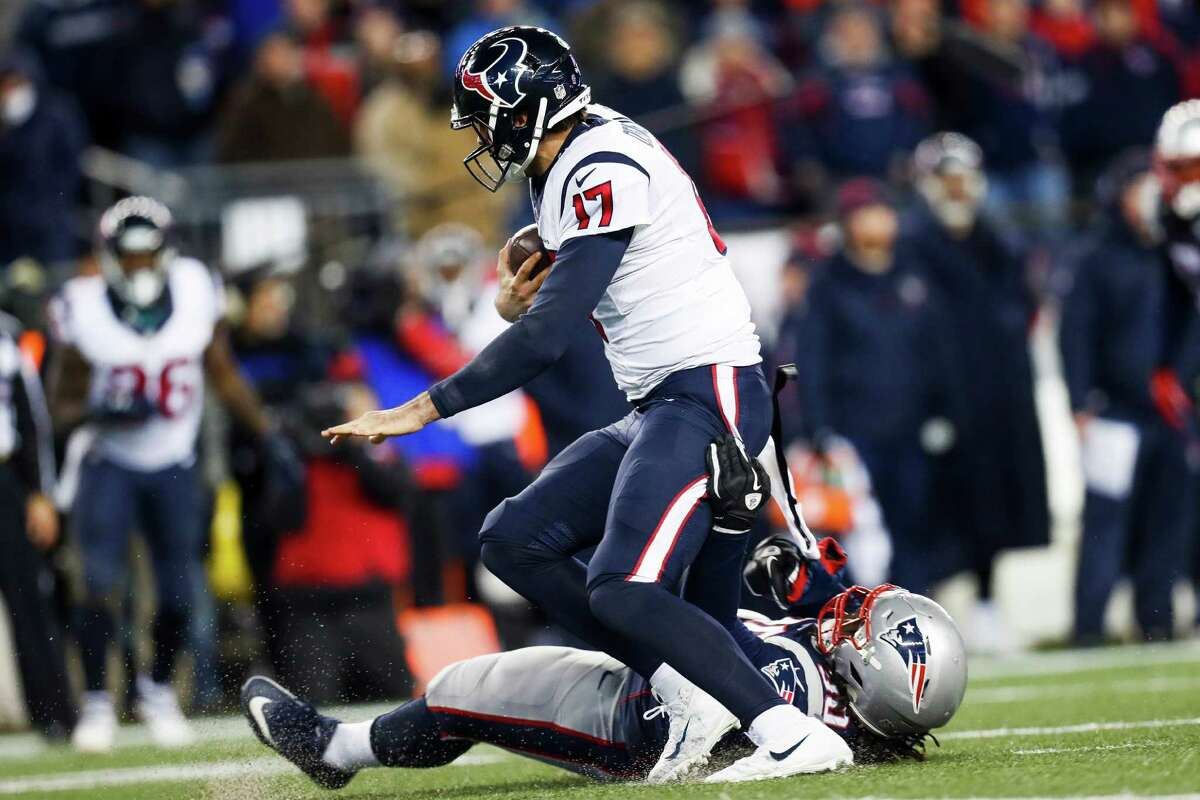 McCLAIN'S REPORT CARD FOR TEXANS-PATRIOTS PLAYOFF GAME Quarterback Brock Osweiler moved the team at times. He threw a touchdown pass, but couldn't get the offense in the end zone again. His last two interceptions were killers.  Grade: D-plus