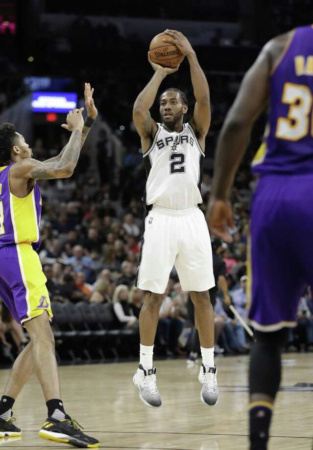 Kawhi Leonard has eclipsed 30 points in three consecutive games and has scored in double figures in 72 in a row. Photo: Eric Gay / Associated Press / Copyright 2017 The Associated Press. All rights reserved.