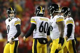 KANSAS CITY, MP - JANUARY 15: kicker Chris Boswell #9 of the Pittsburgh Steelers looks at teammates after a field goal against the Kansas City Chiefs in the AFC Divisional Playoff game at Arrowhead Stadium on January 15, 2017 in Kansas City, Missouri.  (Photo by Matthew Stockman/Getty Images)