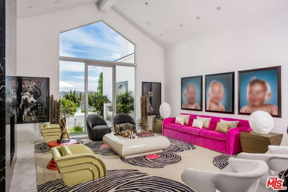 Gwen Stefani's Beverly Hills home is on the market for $35M.View full listing on Zillow Photo: Zillow