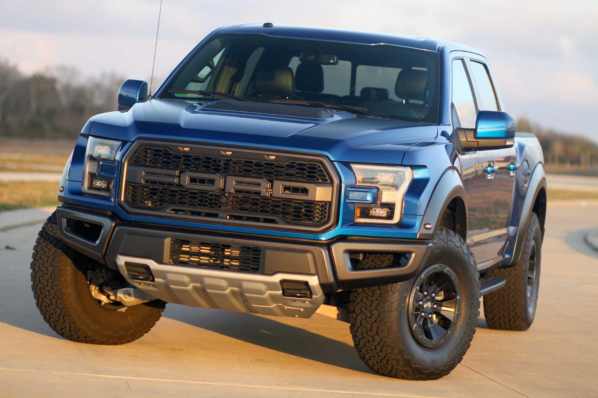 Ford's popular fortified F-150 Raptor returns for 2017