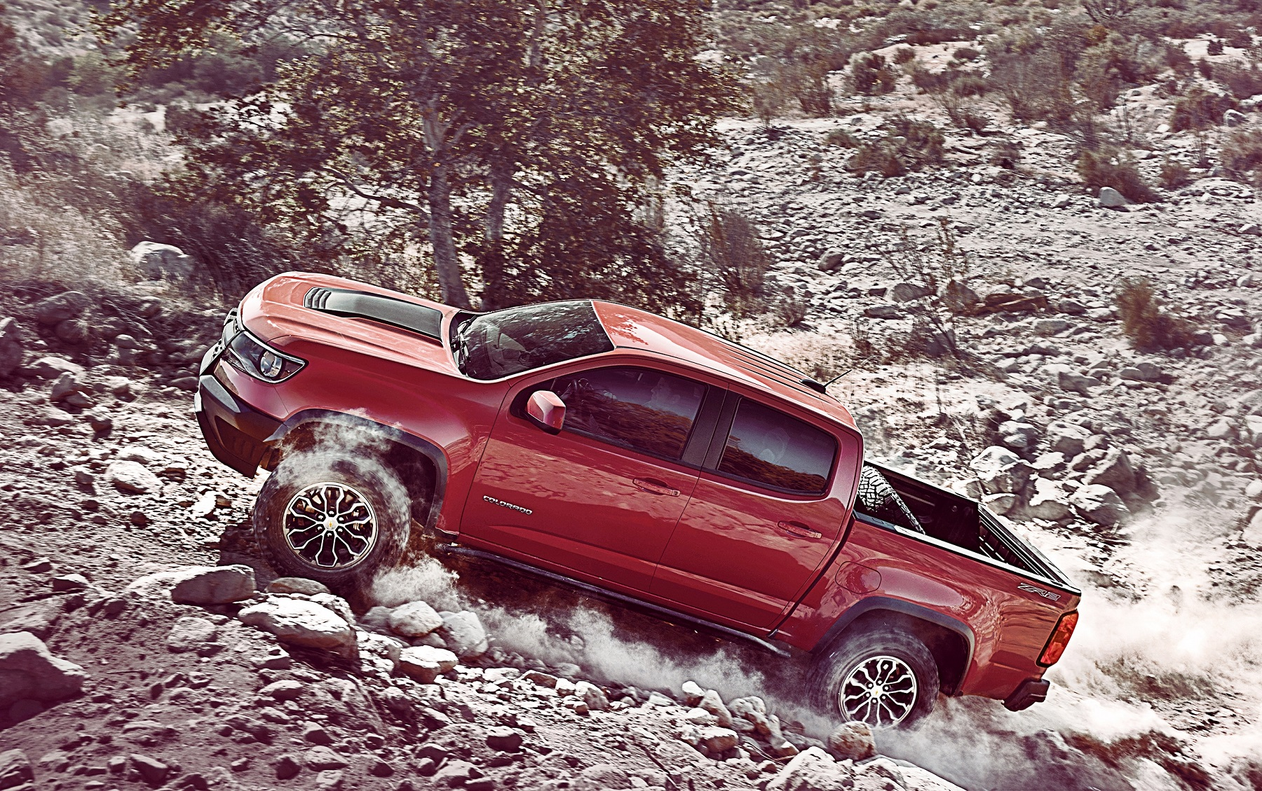 2017 Chevy Colorado ZR2 is rugged off-road truck