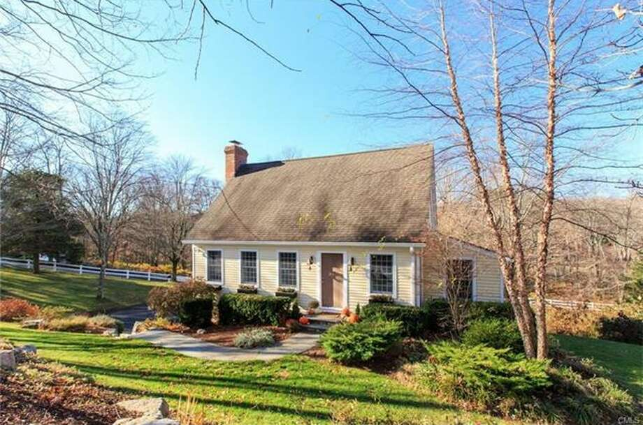 165 North St, Ridgefield, CT 06877  3 beds 3 baths 1,785 sqft  Open house: 1/21, 10am - 3pm Features: Main level family room/den and walk-out lower level playroom, refinished hardwood floors View full listing on Zillow Photo: Zillow