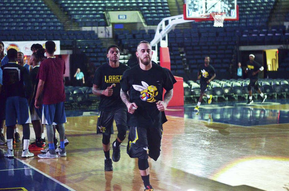 The Laredo Swarm ABA Basketball team met the Universal City Seraphim, Monday, January 16, 2017, at the Laredo Energy Arena. Photo: Cuate Santos