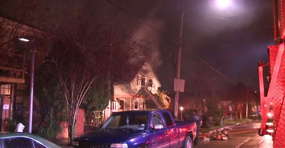 Fire damaged portions of a vacant house about 2 a.m. Tuesday, Jan. 17. 2017, on North York near Canal in east Houston. (Metro Video)