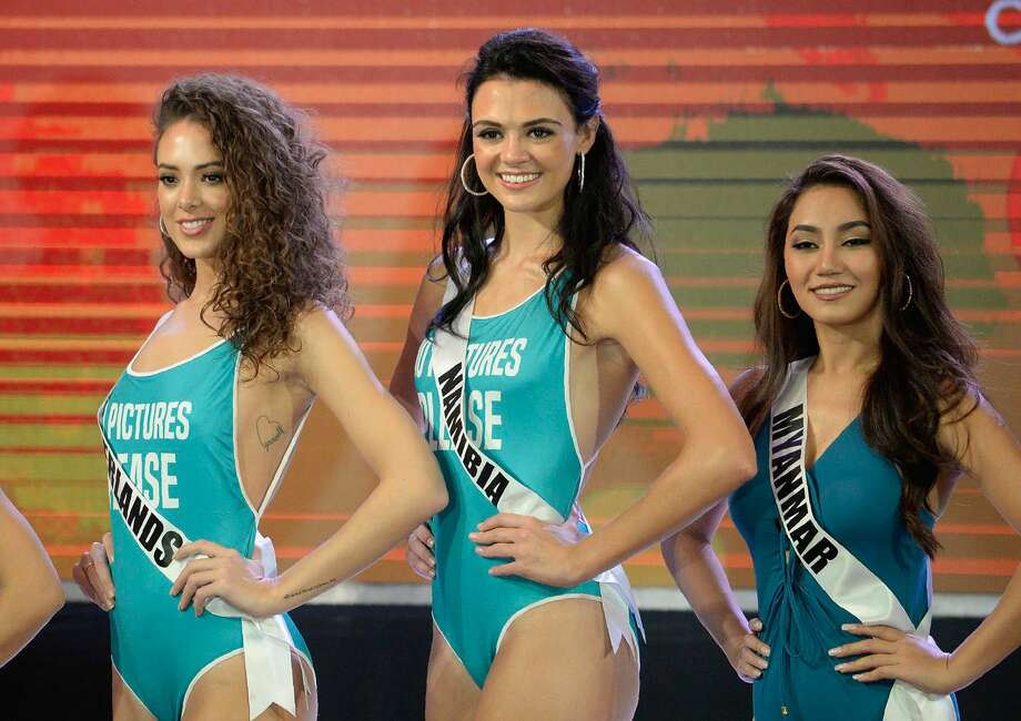 Miss Universe contestants participate in a swimwear fashion show in Cebu City, central Philippines on January 17, 2017. Photo: NOEL CELIS/AFP/Getty Images