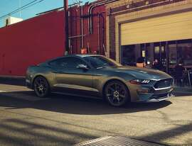 New Ford Mustang V8 GT with Performance Package in Magnetic (color)