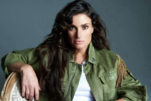 Idiina Menze to perform at Tobin Center