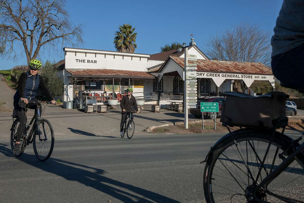 Dry Creek General store, Sunday January, 15 2017 in Healdsburg, CA. (Peter DaSilva Special to the Chronicle)