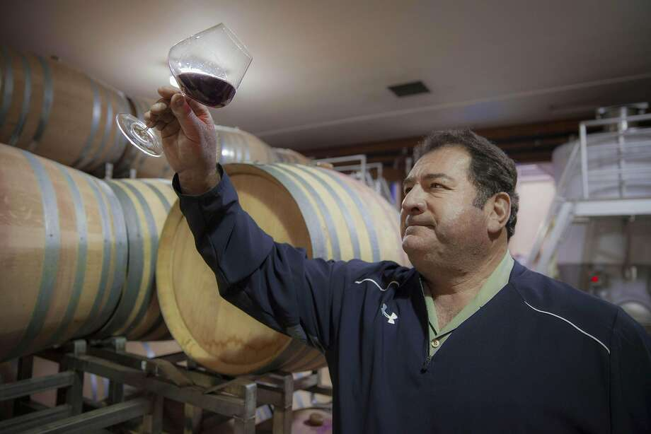 Tom Rochioli theifing barrels at Rochioli winery, Monday January, 09 2017 in Healdsburg, CA. (Peter DaSilva Special to the Chronicle) Photo: Peter DaSilva