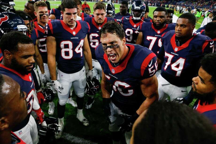 """Brian Cushing, center, describes Bill O'Brien as """"a very passionate coach who I can relate to in a lot of ways."""" Photo: Brett Coomer, Staff / © 2016 Houston Chronicle"""