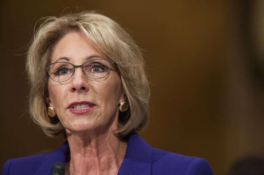 betsy devos trump education pick shouldn anywh