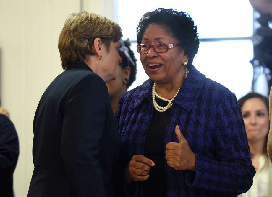 Dr. Ruth Simmons, right, who served as president of Smith College and Brown University, and Dr. Linda Webb, principal of Garza Independence High School in Austin,  converse during a press conference on Tuesday, Jan. 17, 2017, to announce the creation of The Holdsworth Center, a leadership institute for Texas public school administrators which will be based in Austin. Charles Butt, chairman and CEO of H-E-B, has pledged to invest more than $100 million for the center. Dr. Simmons will chair the 17-member board of the Holdsworth Center. Photo: Billy Calzada, Staff / San Antonio Express-News