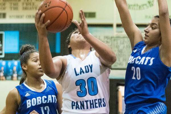 Evelyn Cruz scored 12 points for United South on Tuesday night as the Lady Panthers picked up an 87-66 victory over South San.