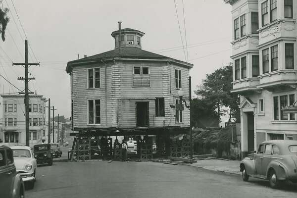 November 2, 1952: The Octagon House on Gough Street, between Green and Union Street, in San Francisco's Cow Hollow, being moved and restored.