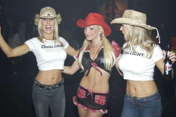 Cowboy hats and crop tops at Circus Maximus.
