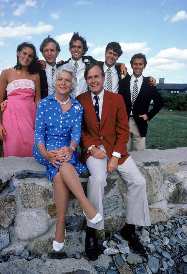 Barbara And George H W Bush A Love Story Houston Chronicle