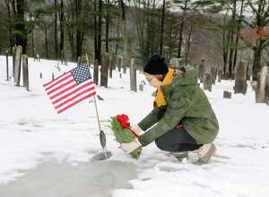 Glenholme students in Washington and American veterans recently joined the representatives from the Judea Chapter of the Daughters of the American Revolution in the Wreaths Across America annual ceremony to honor of American veterans resting in the Judea Cemetery of Washington. Glenholme student, Cassidy Seaver, place a wreath at a veterans gravestone as part of the special event.