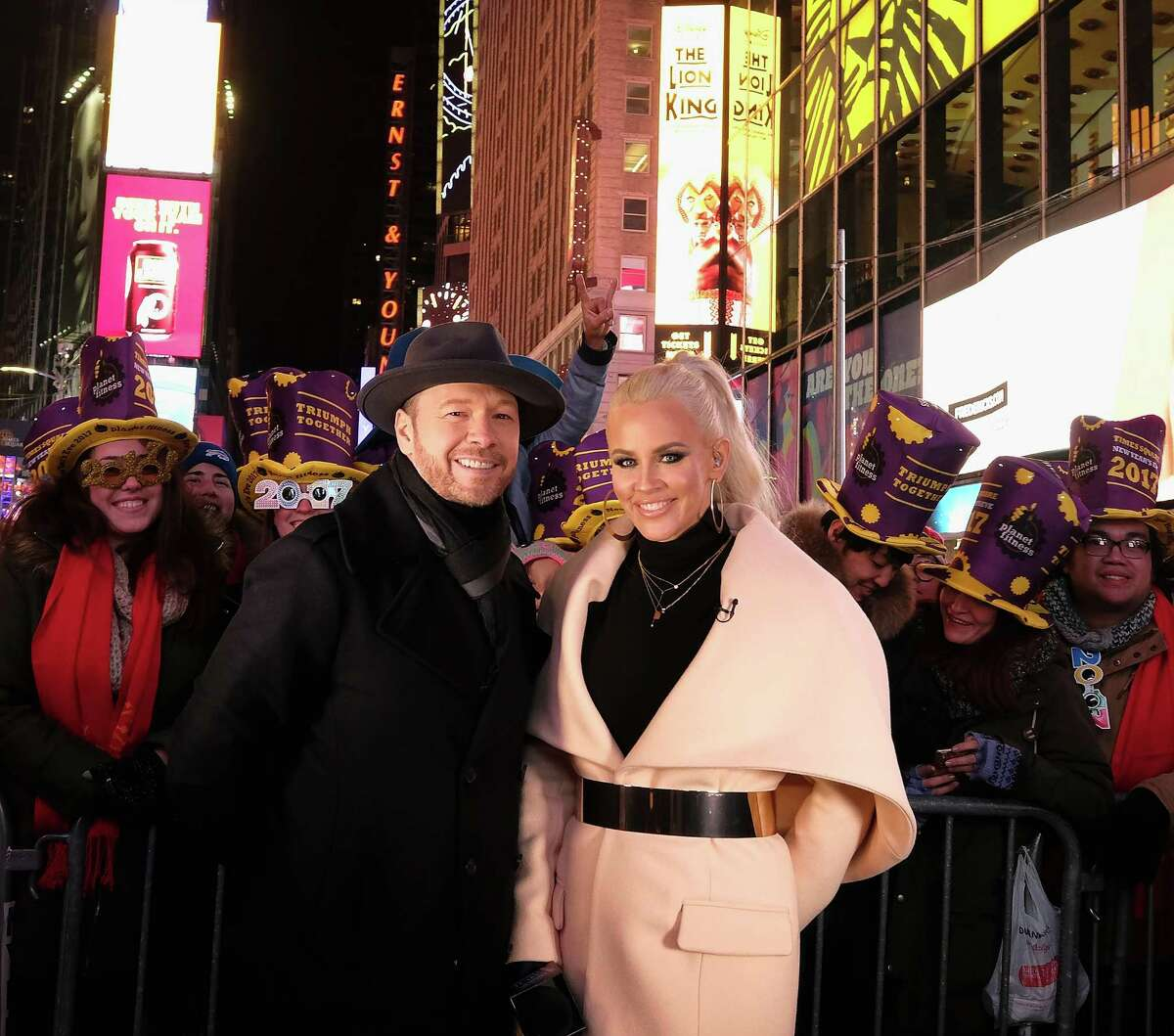 NEW YORK, NY - DECEMBER 31: Donnie Wahlberg and Jenny McCarthy attend New Year's Eve 2017 in Times Square n December 31, 2016 in New York City. (Photo by Dimitrios Kambouris/Getty Images)