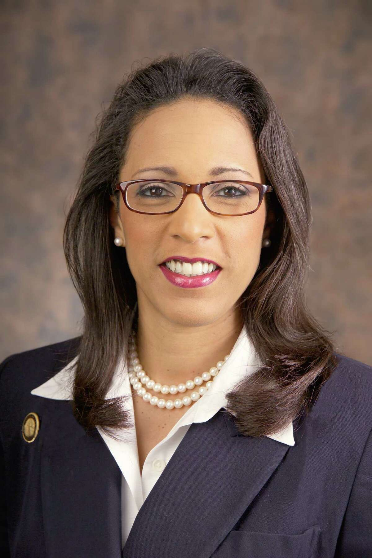Name: Dawnna Dukes, Texas state representative for District 46, filed a bill related to health benefits coverage for certain persons under the child health plan, medical assistance, and other programs. Byline: Office of State Representative Dawnna Dukes