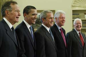 President George W. Bush, poses with President-elect Barack Obama, and former presidents, from left, George H.W. Bush, Bill Clinton and Jimmy Carter, Wednesday, Jan. 7, 2009, in the Oval Office of the White House in Washington. (AP Photo/J. Scott Applewhite)