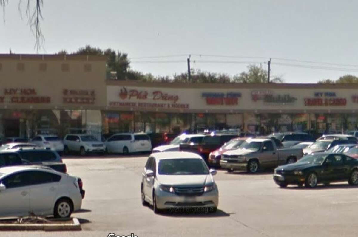 Pho Dung #8 13211 Bellaire Blvd. Houston, TX 77083 Demerits: 63 Inspection Highlights:Observed no hot water at least 110 degrees F., at the three compartment sink. Food serviced operation is temporarily ceased. Observed employee having bare hand contact with ready-to-eat chicken and lettuce at preparation area. Bare hand contact with ready to eat food must be minimized and use single gloves or follow special hand washing procedure.