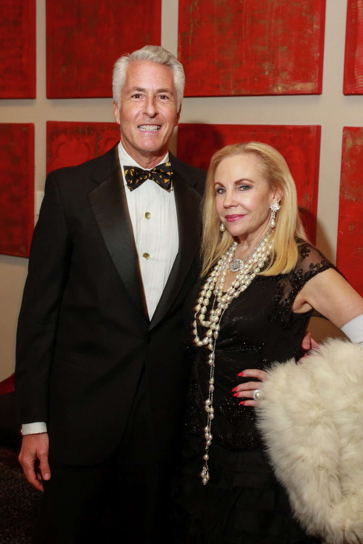 Brian Spack and Carolyn Farb at the KnowAutism underwriters dinner hosted by Van Cleef & Arpels at the Hotel ZaZa. (For the Chronicle/Gary Fountain, January 18, 2017)