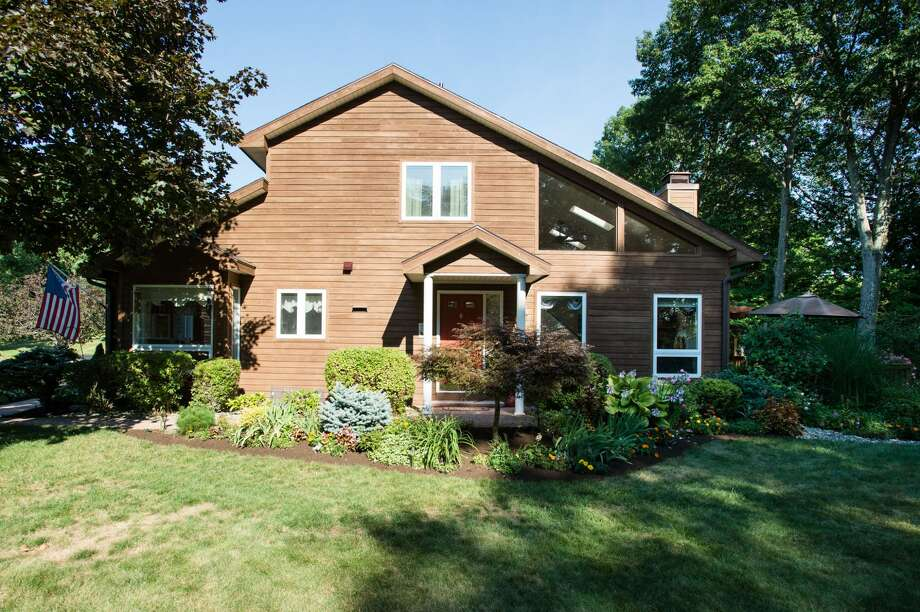 House of the Week: 26 Lillian Lane, Troy   Realtor:  Taylor Buell of Keller Williams, Capital District   Discuss: Talk about this house Photo: Camera Famosa Photography