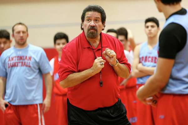Antonian coach Rudy Bernal instructs his players during a practice session at the school on on Jan. 7, 2016.
