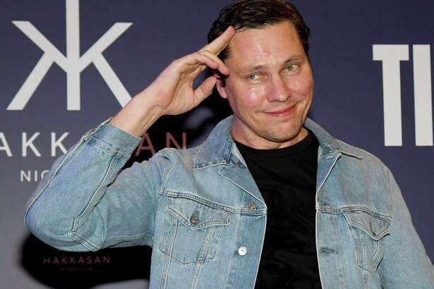 LAS VEGAS, NV - JANUARY 14:  DJ/producer Tiesto salutes after receiving a ceremonial key to the Las Vegas Strip as part of his birthday celebration at MGM Grand Hotel & Casino on January 14, 2017 in Las Vegas, Nevada.