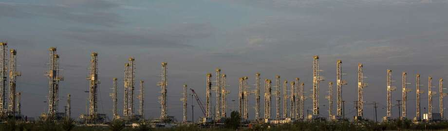 Drillers since late May have been moving rigs and equipment back into U.S. fields. The price of crude is again over $50 a barrel. Photo: Carolyn Van Houten /San Antonio Express-News / 2016 San Antonio Express-News