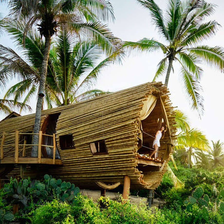 Treehouse LookoutAbout An Hour Drive From Zihuatanejo, Along Mexicou0027s  Pacific Coast, Youu0027ll