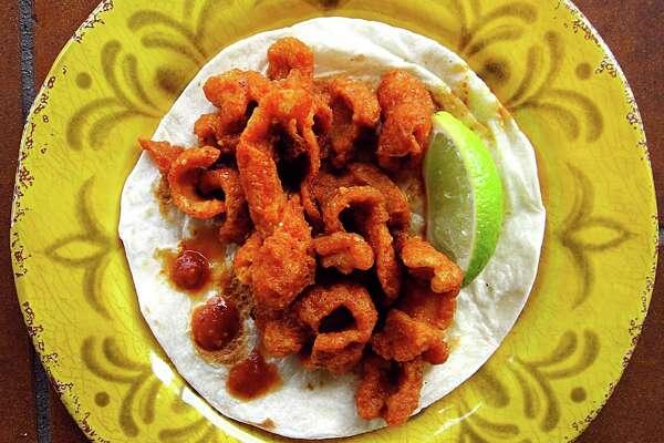 Chicharrones en salsa roja taco from El Buen Gusto Mexican Cafe on Tezel Road.